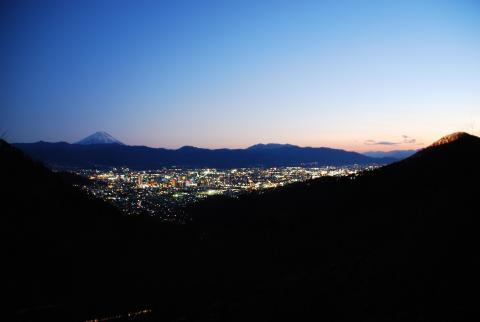 和田峠(見晴らし台)の夜景の写真